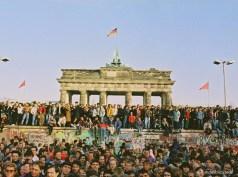 89年:ベルリンの壁崩壊